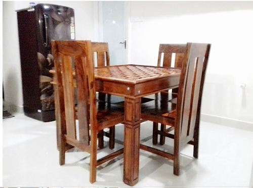 Natural Walnet Sheesham Wood Dining Table