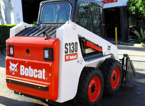 Skid Steer Loaders - Bobcat S130, Rated Load: 1195 Kg | ID