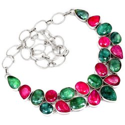 92.5 Ruby, Emerald Necklaces Jewelry