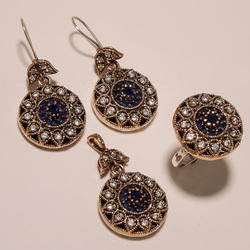 Round Turkish Ring Pendant Set