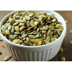 Green Pumpkin Seeds, Packaging Type: Pp Bag, Packaging Size: 10-50 Kg