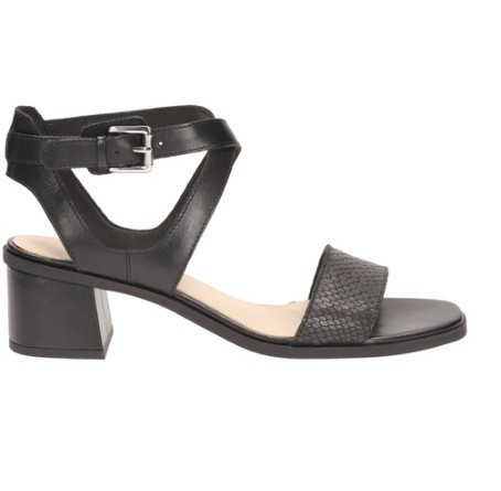 0ab675546 Clarks Daily Wear And Casual Black Combi Sandal
