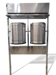 Stainless Steel Pole Mounted Dustbins