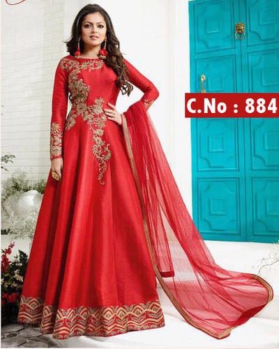 All Sizes Traditional Gown, Rs 950 /piece, Ethnicking | ID: 17727928091