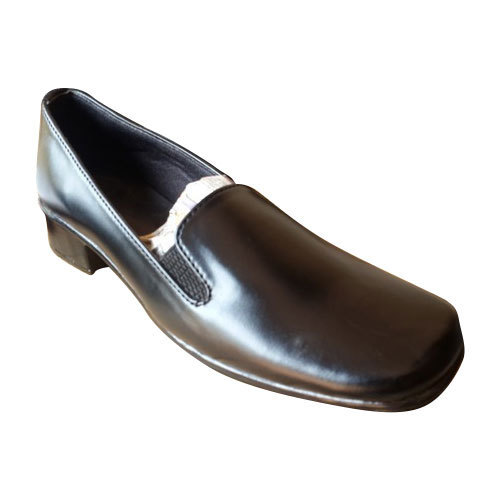 Black Formal Ladies Leather Shoe
