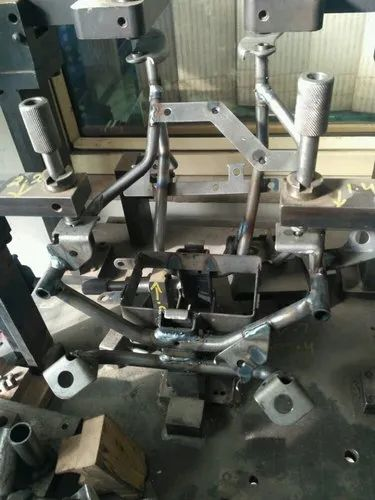 Manufacturer of Bracket Side L & Brush Couling by NTH Hitech