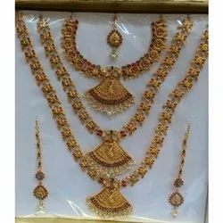 Anniversary Ladies Kundan Necklace Set