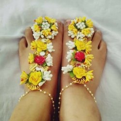 Traditional Floral Gift Anklets
