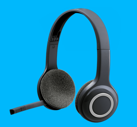 41fd7be4dba N S Retails, Ahmedabad - Wholesale Supplier of Sennheiser CX 6.00BT  Bluetooth Headset with Mic (100% original product with GST Bill) and  Sennheiser Cx2.00 G ...