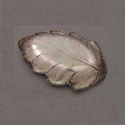 Hammered Leaf Tray