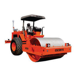 3 Single Drum Soil Compactor Roller Rental Services, For Commercial, Capacity: >110 Tons