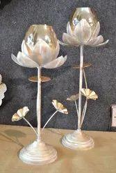 Pedestal Lotus T- Light Holder