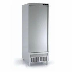 Single Solid Door Upright Freezer