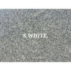 S White Granite, 18 mm, Size(Square Foot): 8x2.5 Foot