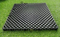 Drain Cell For Green Grass