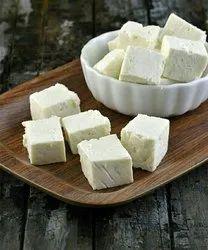 Milk Fresh Paneer, Quantity Per Pack: 1 Kg