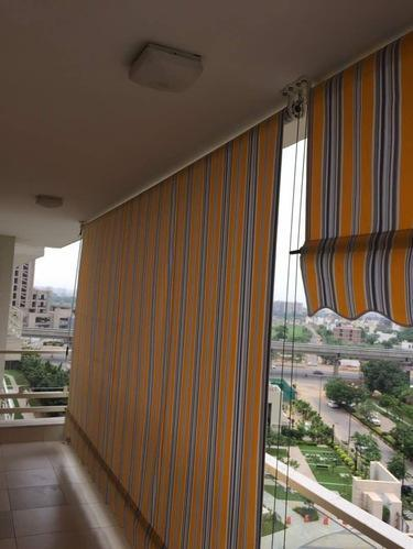 Vertical Awning Manufacturer From New Delhi