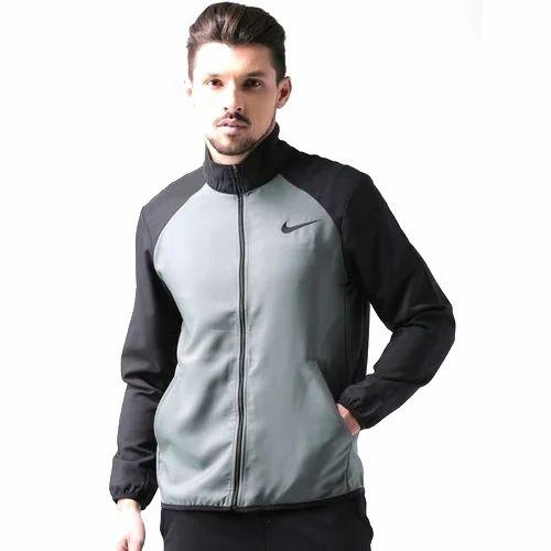 23982b6482377 Nike Large And XL Jacket