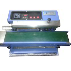 Continues Pouch Sealing & Cutting Machine