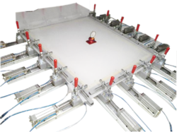 Pneumatic Fabric Stretching Machine