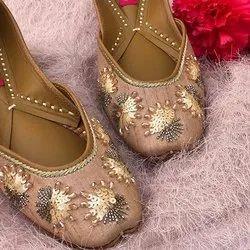 Designer Trendy Punjabi Jutti