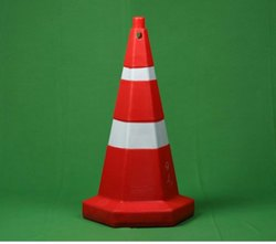 4.5 kg Hexagonal Traffic Cone 750 mm Height