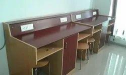 Physics Lab Table 02