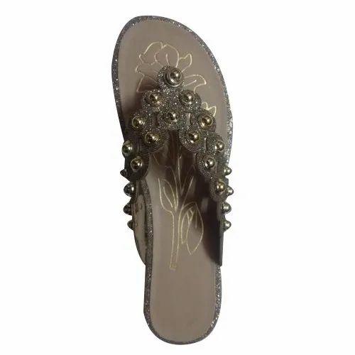 c92af801f Monalisha Silver And Golden Ladies Fashion Slipper M11, Size: 7 To 11 Uk