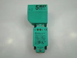 NJ40 U4 W-T Sensor