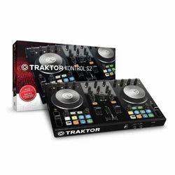 Kontrol S2 Native Instruments DJ Controller
