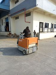 Battery Operated Sweeping Machine for Hospital Area