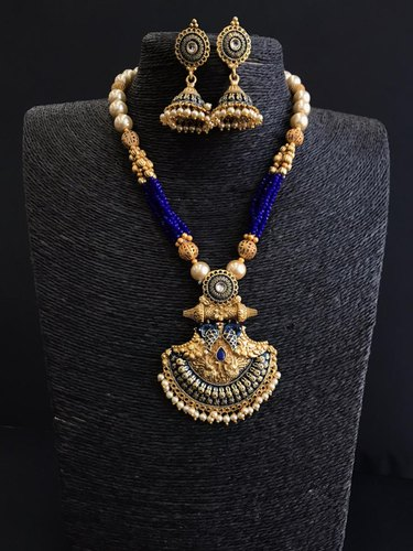 Golden Jewellery Set