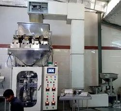 Automatic Namkeen Pouch Packing Machine