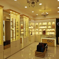 Showroom Designing Lazzaro Opticals