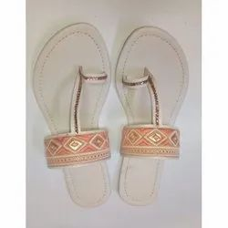 Leather Flats & Sandals Ladies Embroidered slipper, Size: 5-8