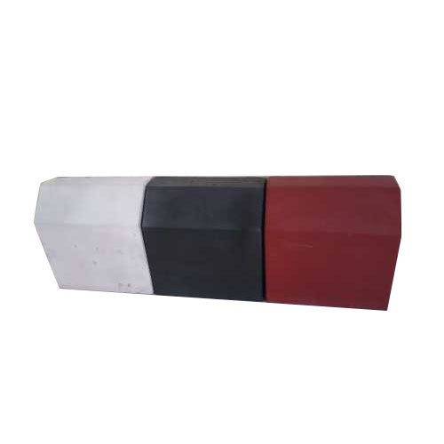 Red Black And White Kerb Stone For Landscaping And Pavement Rs 41 Running Feet Id 19136240030