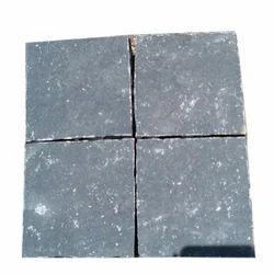 Toshibba Impex Black Limestone Cobbles, 20 to 25 mm