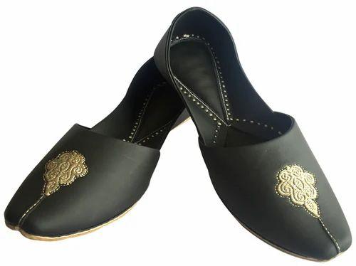 59d779f5fd62 Men Black Punjabi Shoes For Men - Step N Style Footwear Store ...