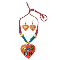 Heart Pendent Hand Painted Wood Necklace Set