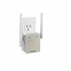 AC1200 WiFi Range Extender - Essentials Edition
