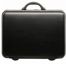 VIP Titanium Glx Suitcase