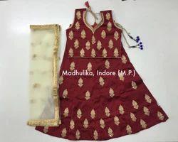 Keri Boota Design Traditional Chaniya Choli.