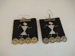 8 gm  Fabric Earrings