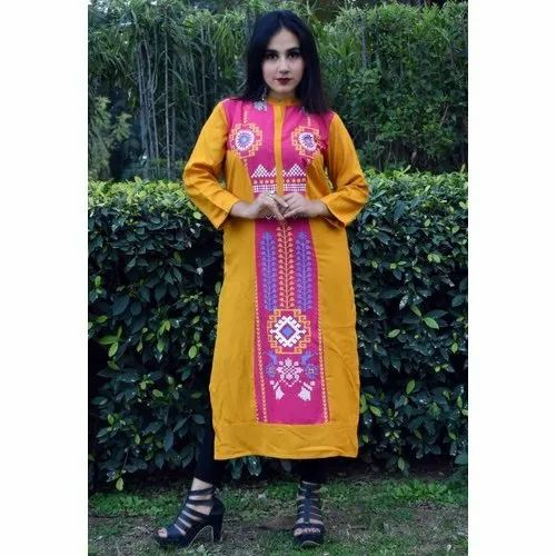 Party Wear Ladies Printed Rayon Kurti, Size: M-XXL