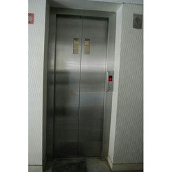 Reyon Stainless Steel Auto Door Passenger Lift, Max Persons: 6-12 Persons, With Machine Room