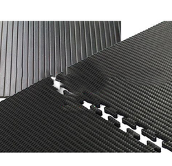 Hammer Top Grooved Bottom Interlocking Cow Mat