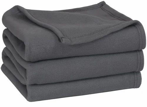 bcebc49520 Polar fleece blanket at piece polar fleece blanket jpg 500x366 Polar fleece  blankets