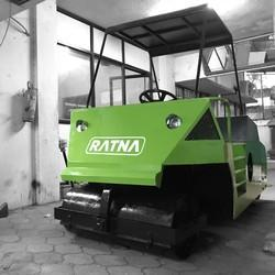 RATNA Cricket Pitch Roller