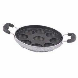 Coconut Stainless Steel 9 Pits Kuzhi Paniyaram, Packaging Type: Box
