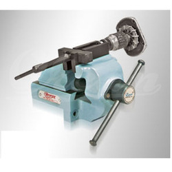 Orcan Cast Iron Bearing Puller Vice, 4, Base Type: Fixed